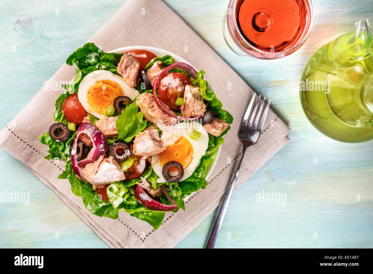 Tuna salad with wine, olive oil, and copy space - Stock Image