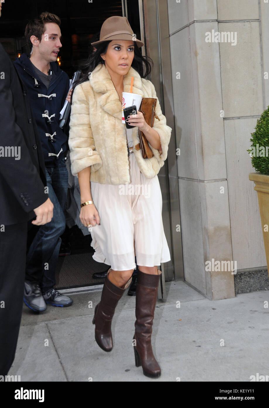 NEW YORK - NOVEMBER 06: TV personalities Kim Kardashian and