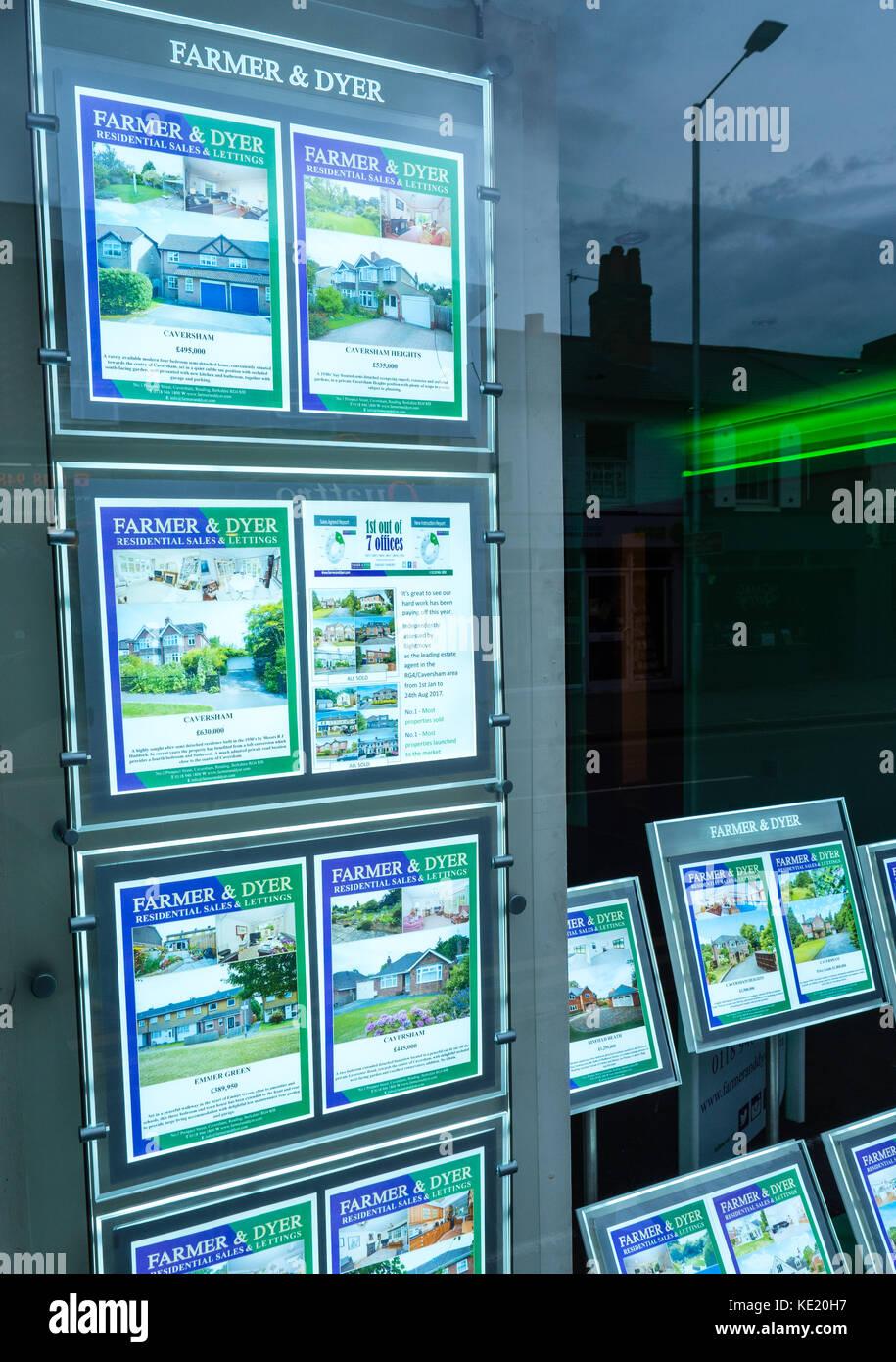 Farmer And Dyer Estate Agents, Caversham, Reading, Berkshire, England - Stock Image