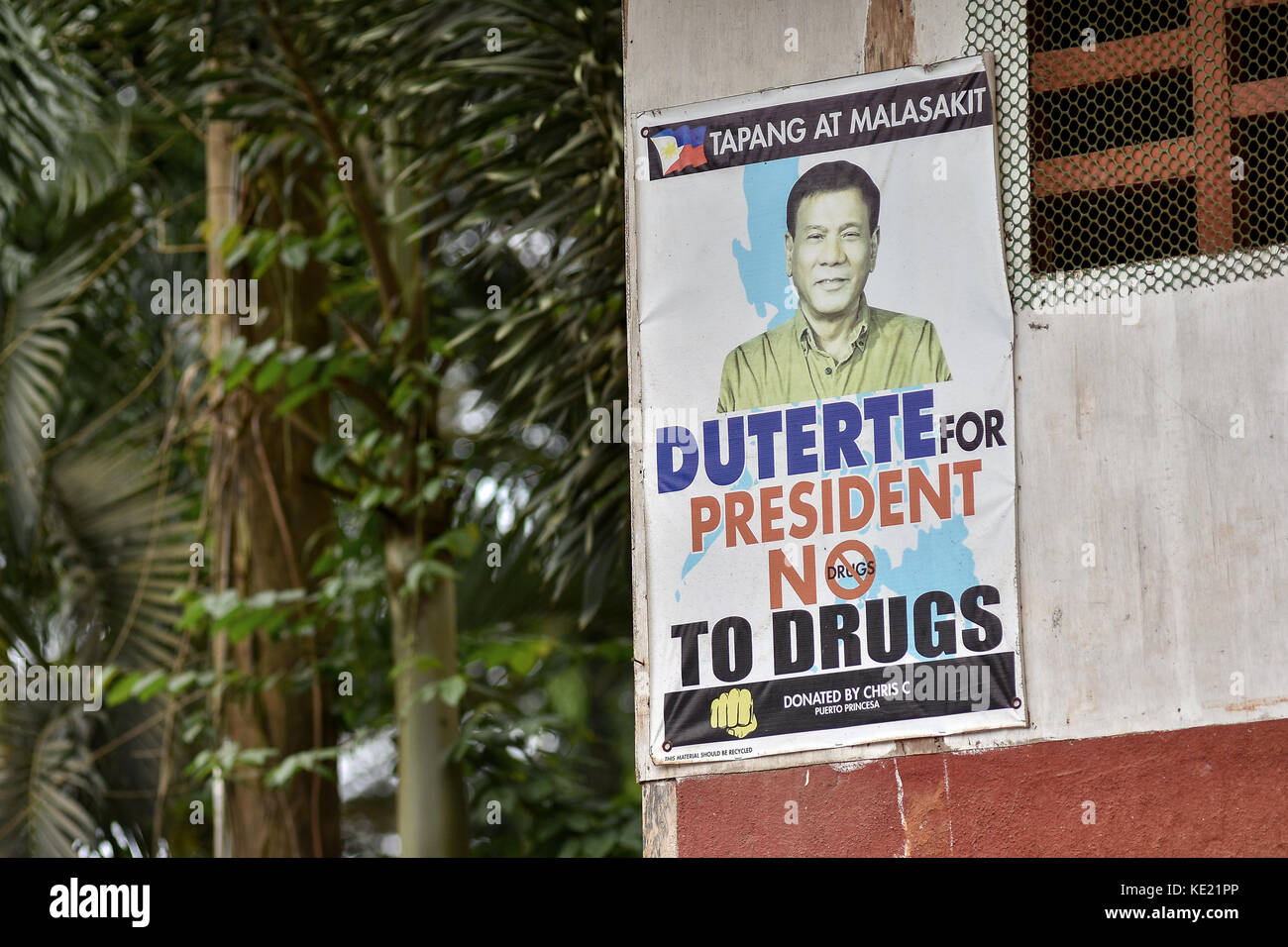 Philippines President Rodrigo Duterte campaign poster promoting his controversial War on Drugs / No to Drugs. - Stock Image