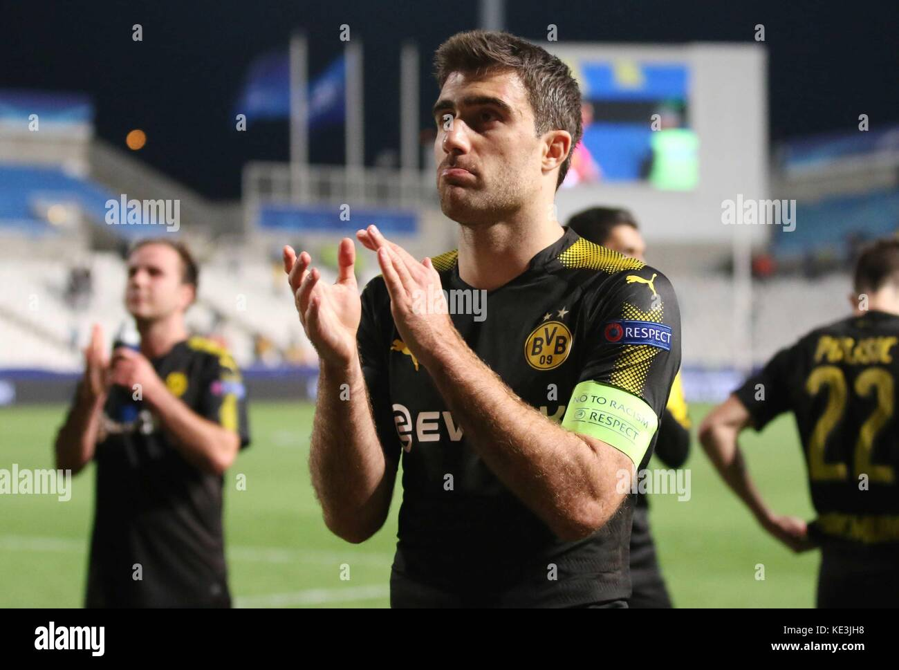 Nicosia, Cyprus. 17th Oct, 2017. Bortussia Dortmund's Sokratis Papastathopoulos greets fans after the 2017-2018 Stock Photo