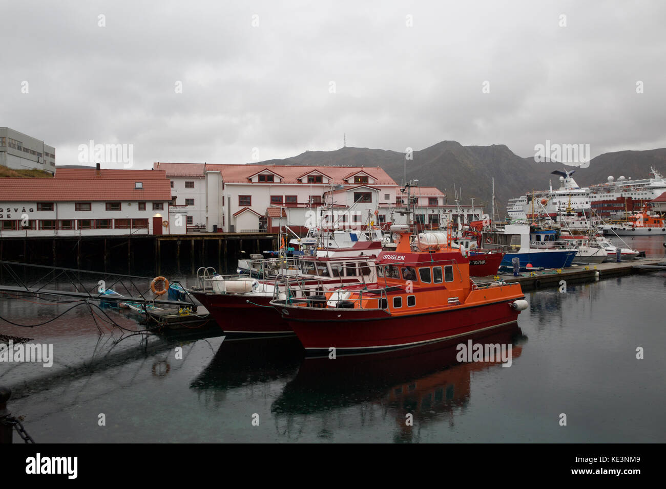 Honningsvag, Norway. 18th Oct, 2017. Grey Skies over Honningsvåg, Norway. Credit: Keith Larby/Alamy Live News - Stock Image