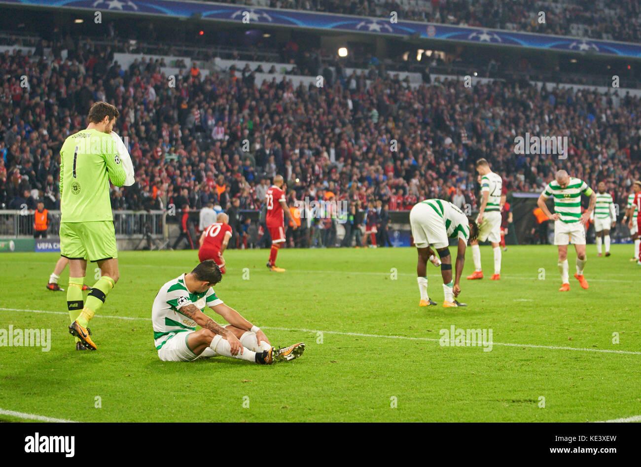 Munich, Germany. 18th Oct, 2017. FC Bayern Munich Soccer, Munich, October 18, 2017 Glasgow players unsatisfied Craig - Stock Image