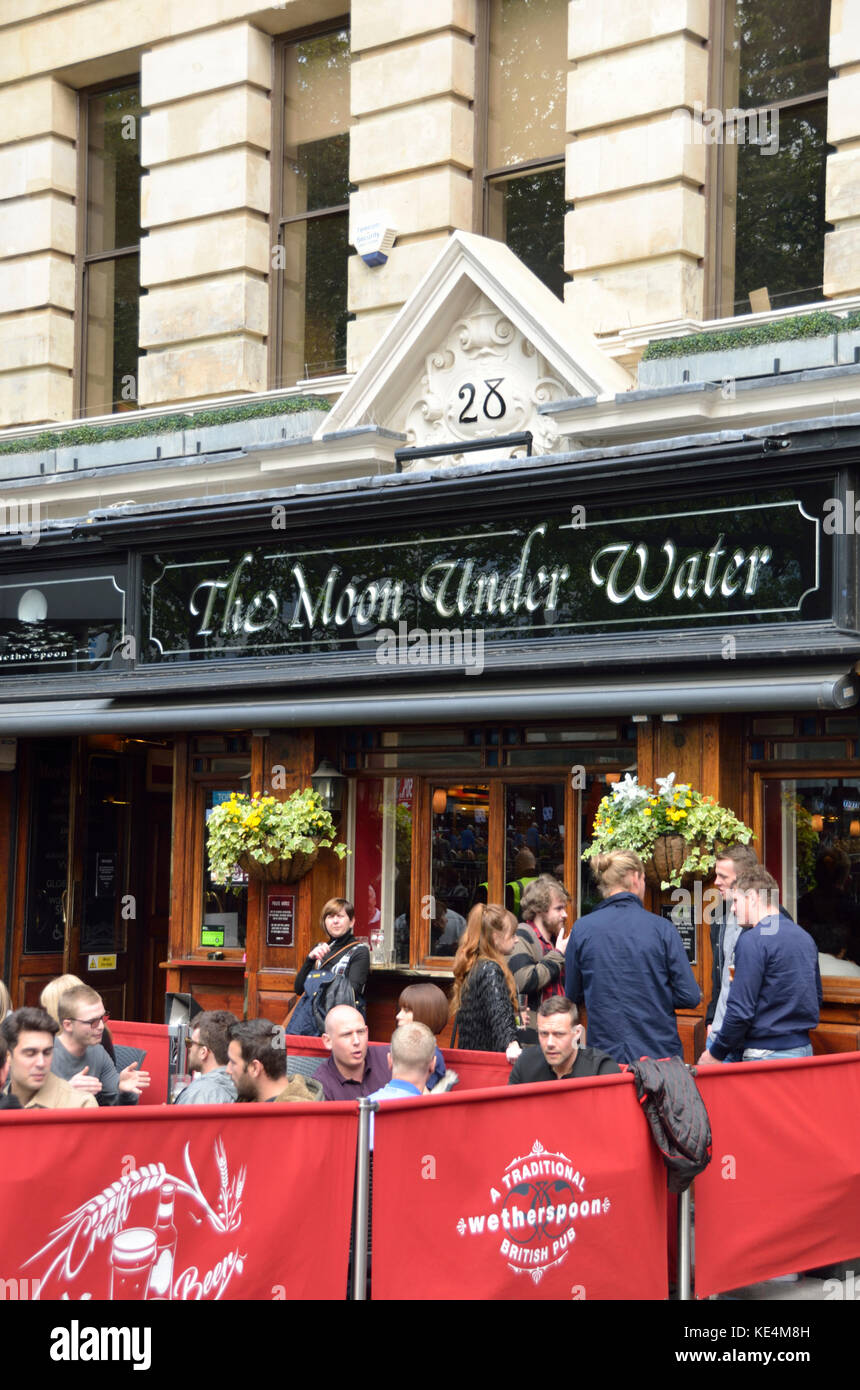 The Moon under Water JD Wetherspoon pub in Leicester Square, London, UK. - Stock Image