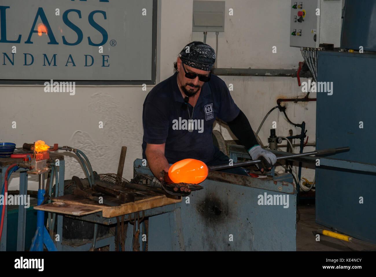 Glass blower in Malta - Stock Image
