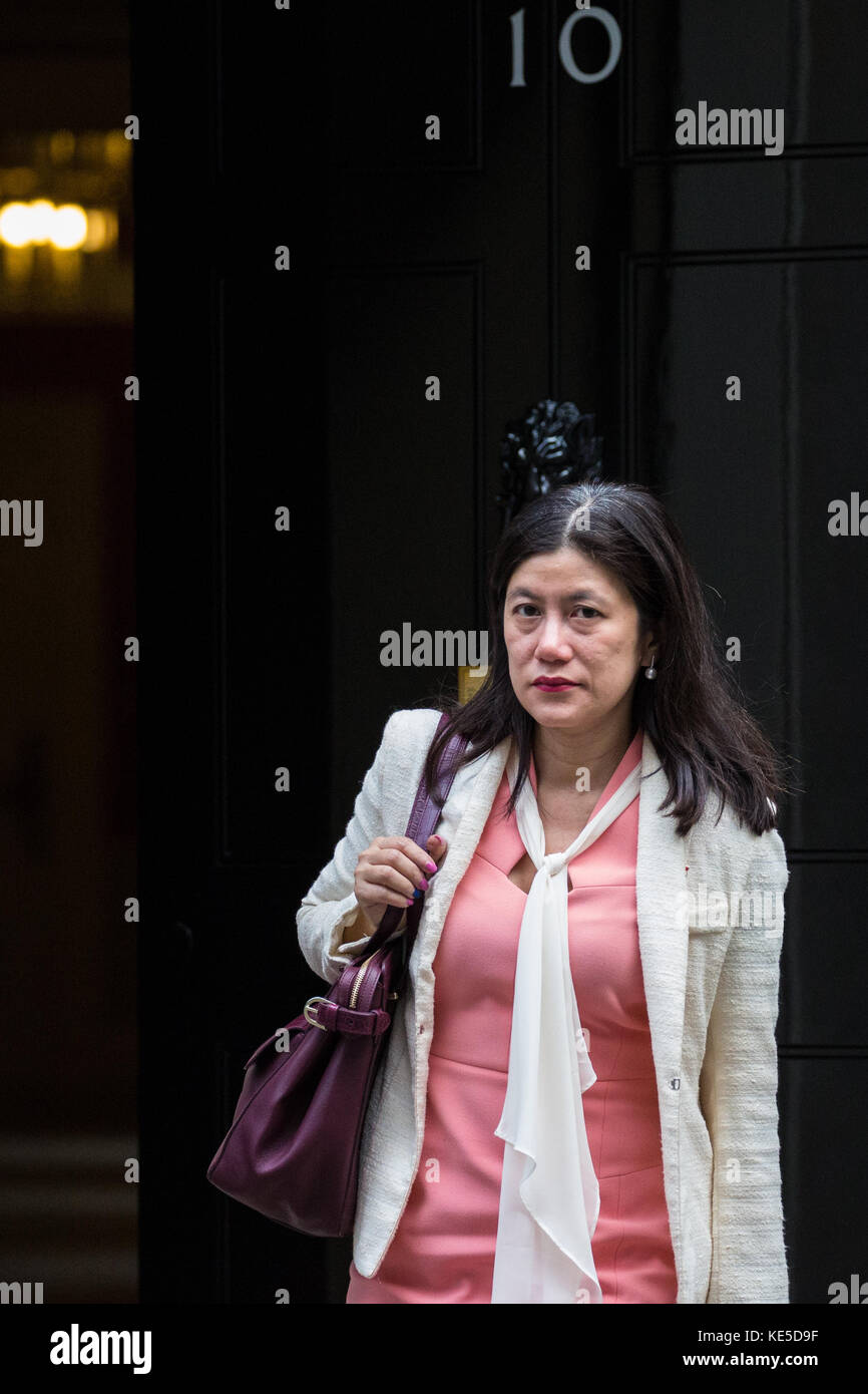 London, UK. 17th October, 2017. Singapore High Commissioner Foo Chi Hisa leaves 10 Downing Street following a meeting. - Stock Image