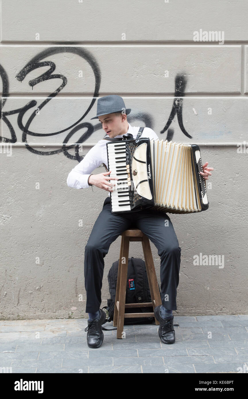 MONTEVIDEO, URUGUAY – OCTOBER 8, 2017: Street musician with accordion. - Stock Image