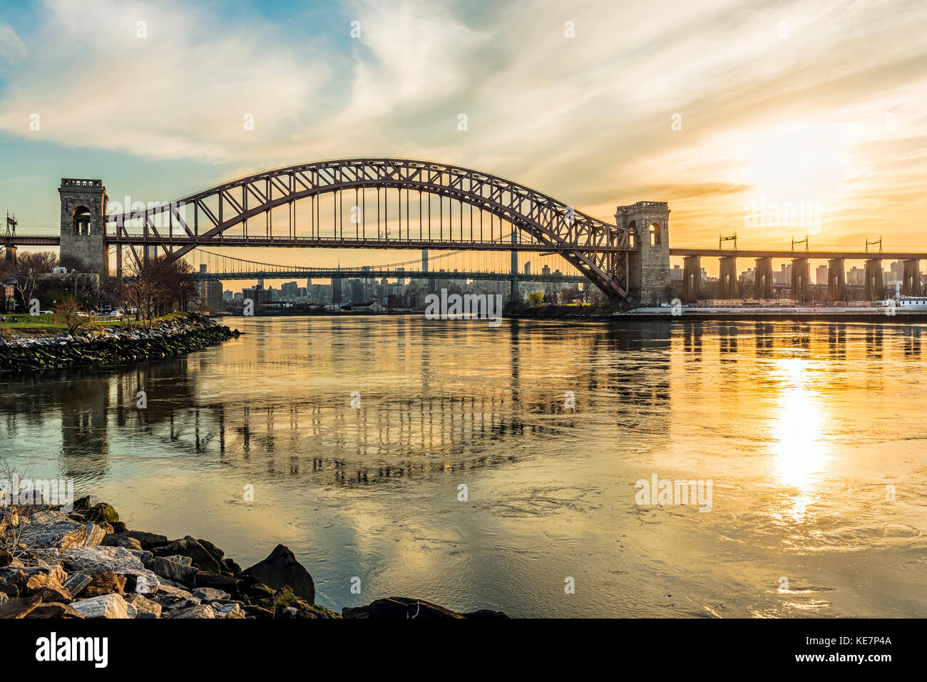 Hell Gate And Rfk Triboro Bridges At Sunset, Ralph Demarco Park; Queens, New York, United States Of America - Stock Image