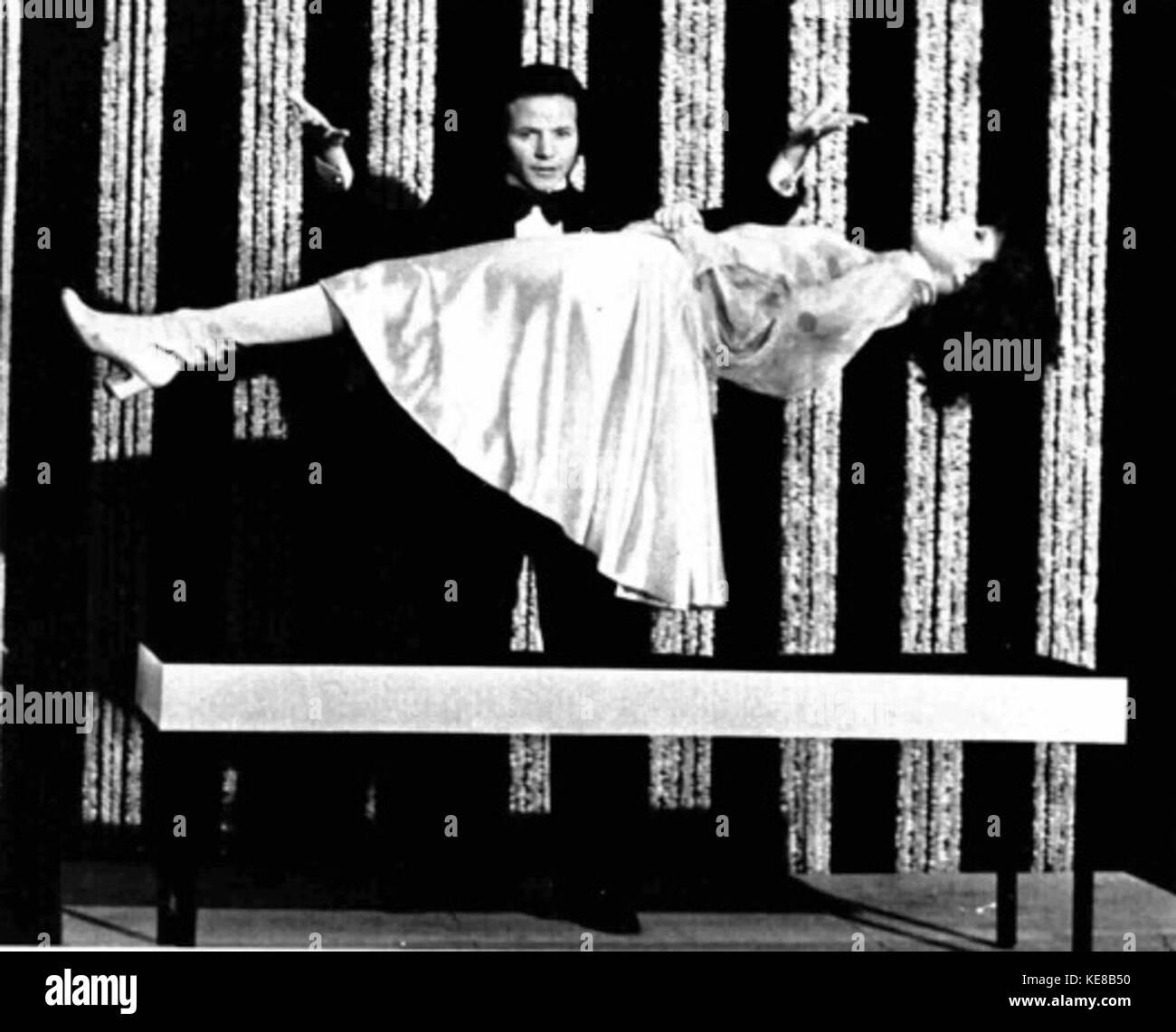 Leela Savasta,Malgorzata Olejnik XXX videos Gerald Flood (1927?989),Heather Thatcher