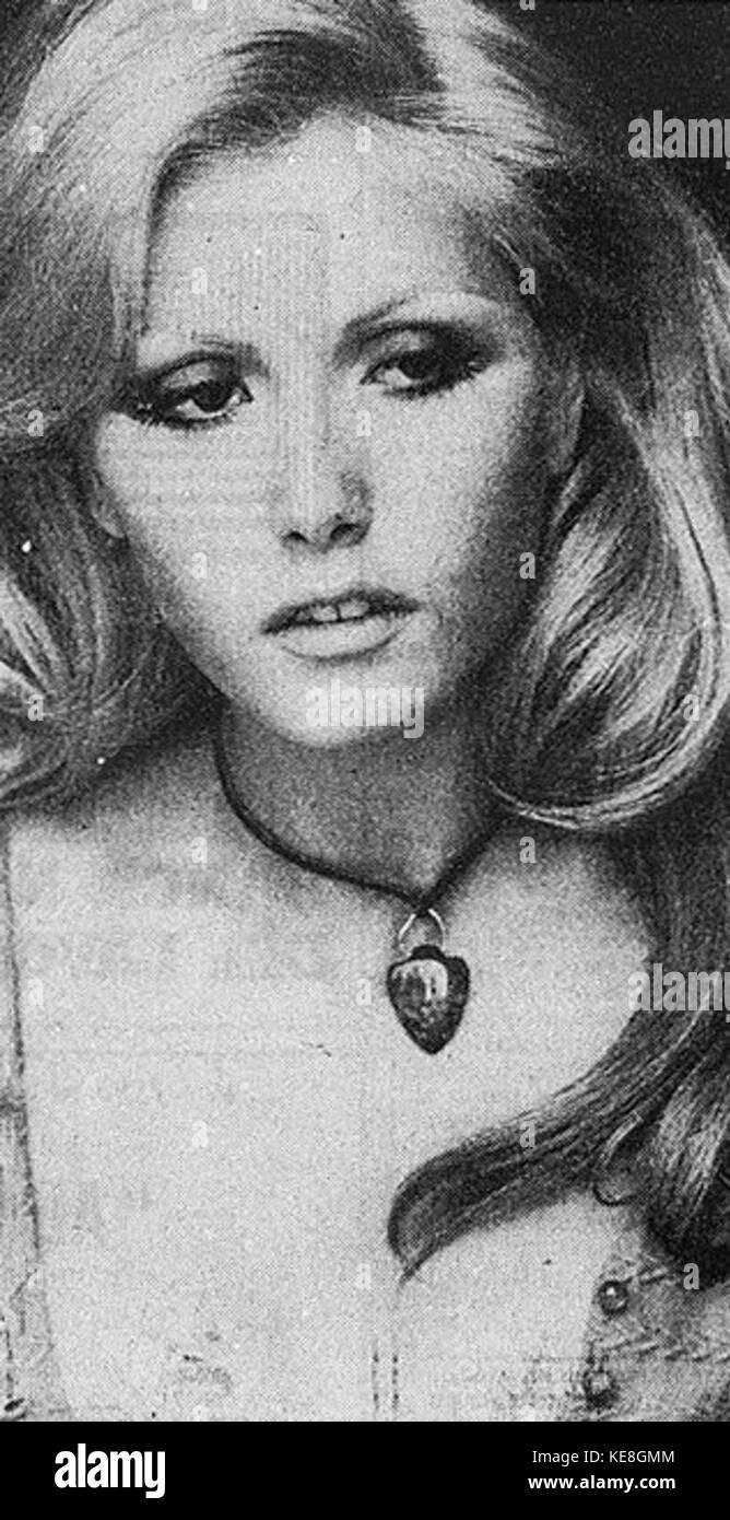 Hannah James (actress) foto