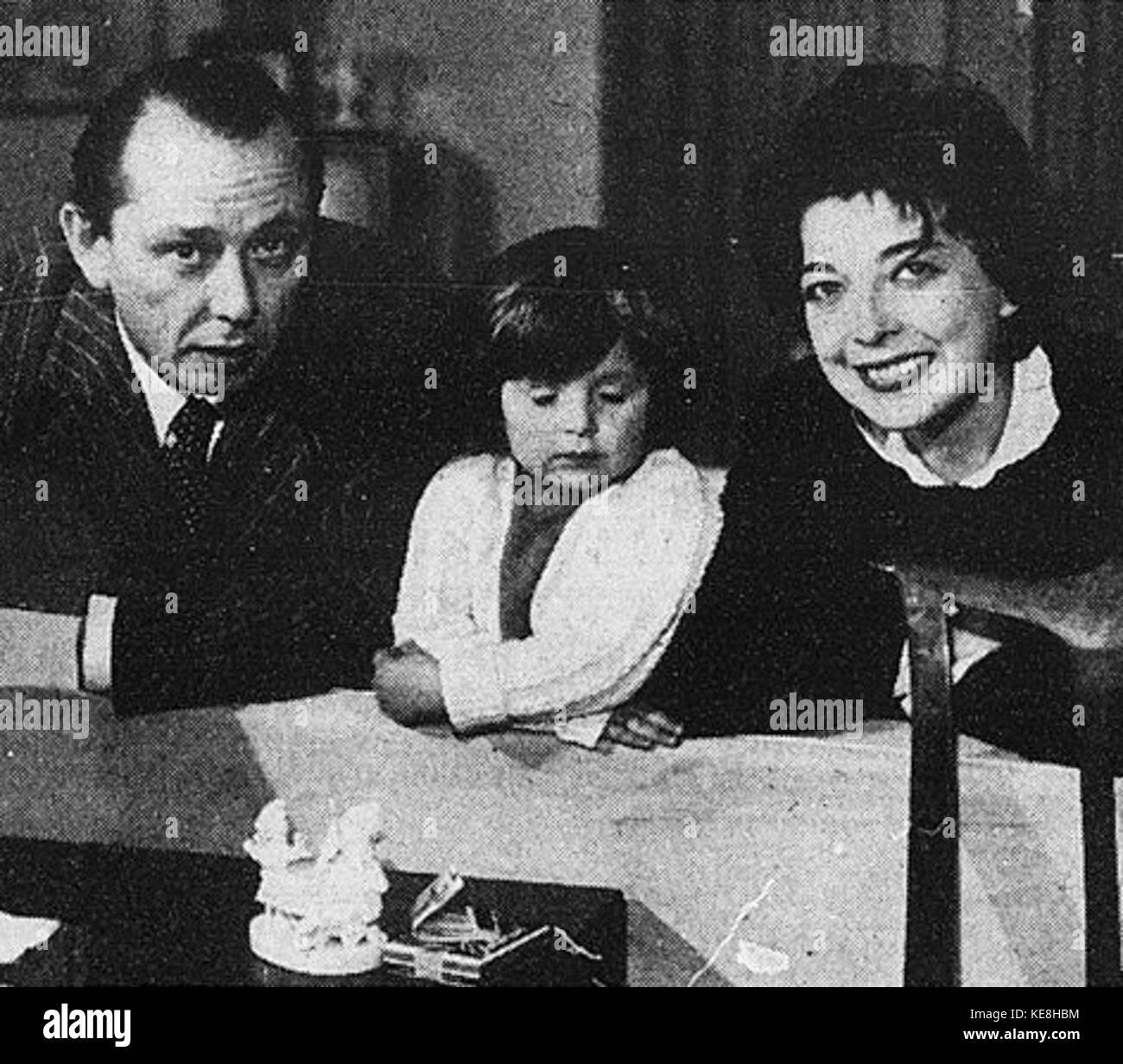 Ramona Young,John Laurie (1897?980) Porno archive Blair Ross,Andrea Martin