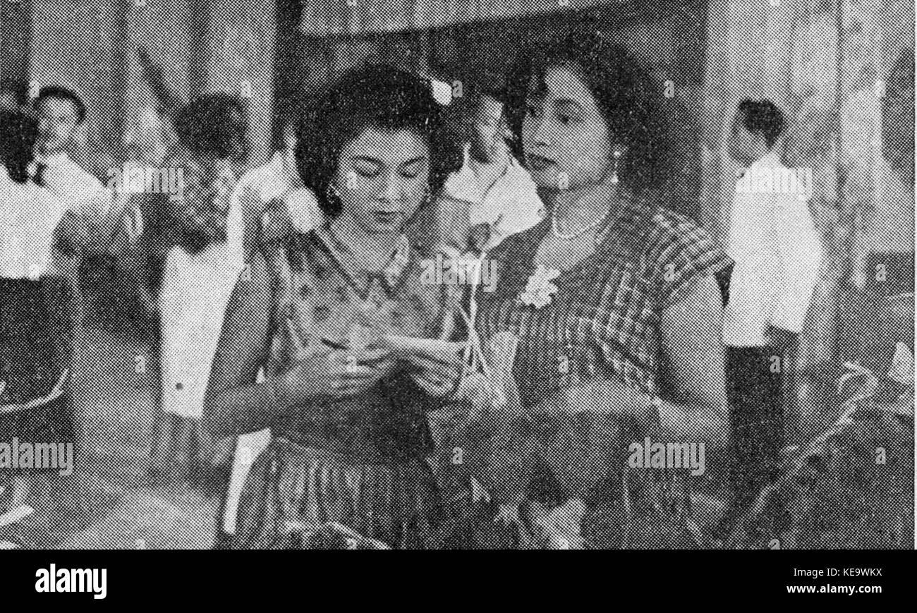 Tina Melinda in Ratu Kentjana, Film Varia 2 2 (February 1955), p28