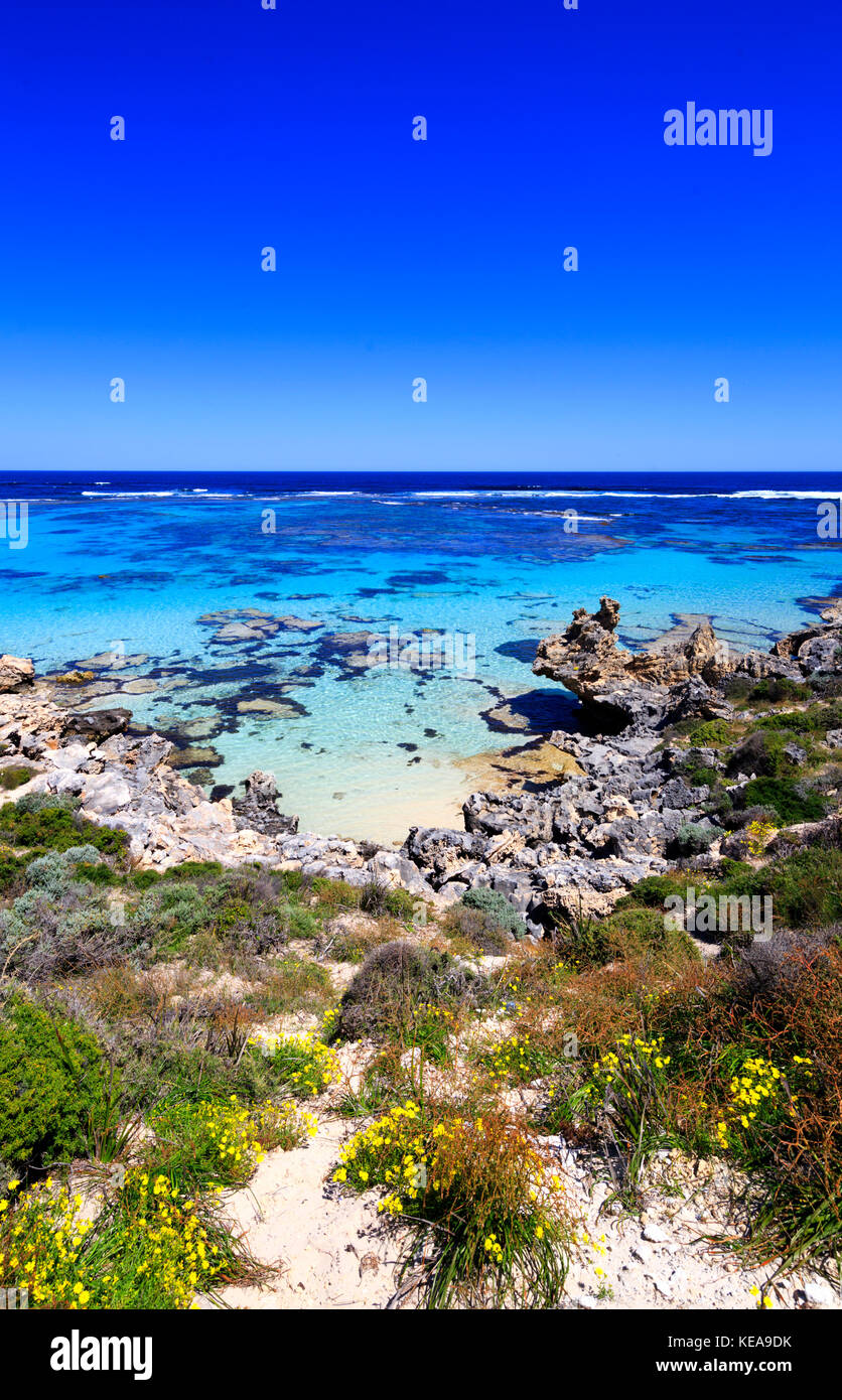 Beautiful clear waters at Salmon Point on Rottnest Island. - Stock Image