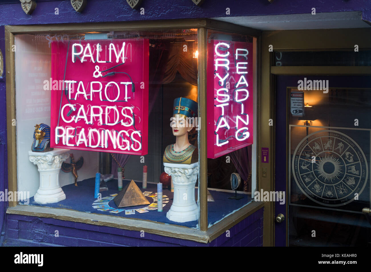 Palm & Tarot Card Readings - Stock Image