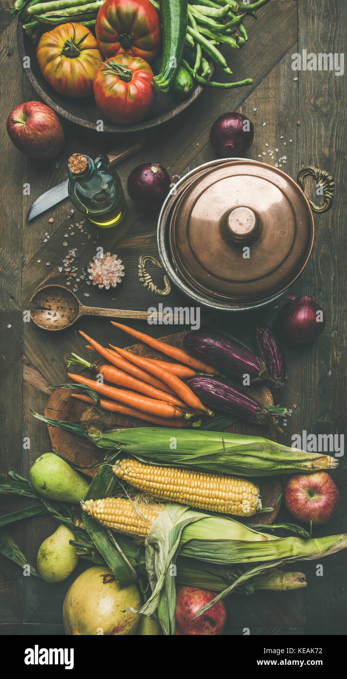 Autumn healthy ingredients for Thanksgiving day dinner preparation, flat-lay - Stock Image