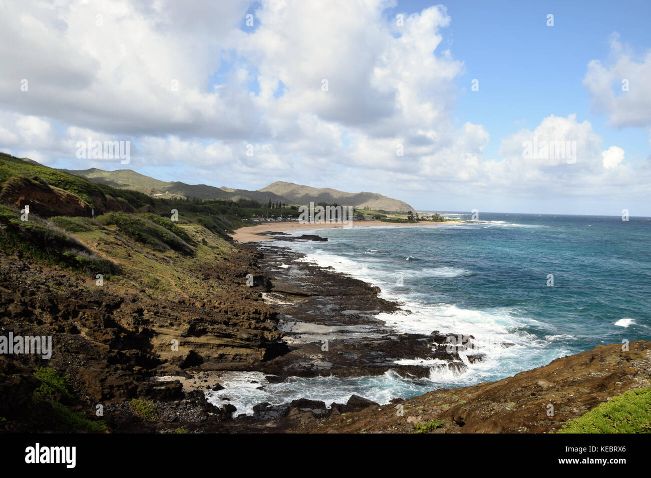 View of Sandy Beach from the Halona Blowhole in SE Oahu, Hawaii - Stock Image