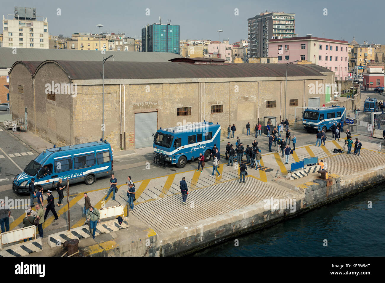 "Naples, Italy. 19th Oct, 2017. The ""NO G7"" Protest Group at the port of Naples, ready to embark for Ischia, where Stock Photo"