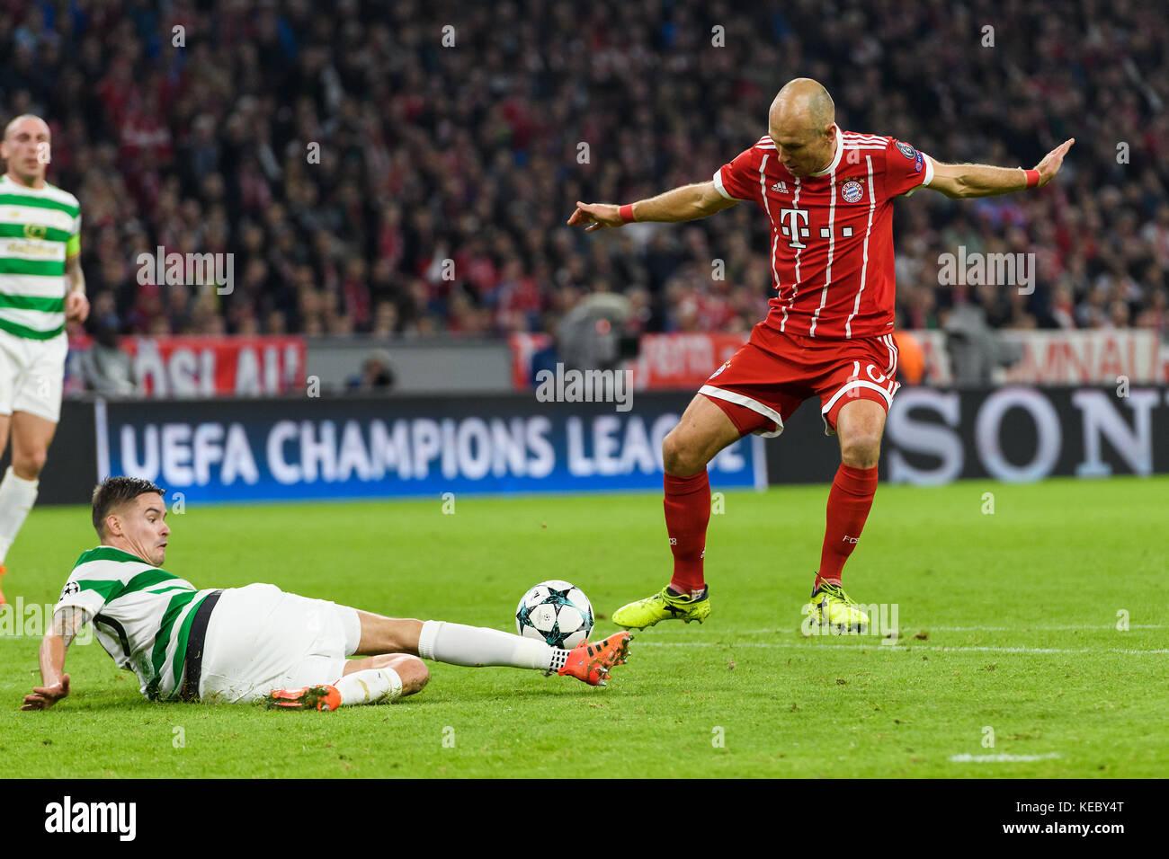 Arjen Robben Fcb Im Duels With Mikael Lustig Glasgow