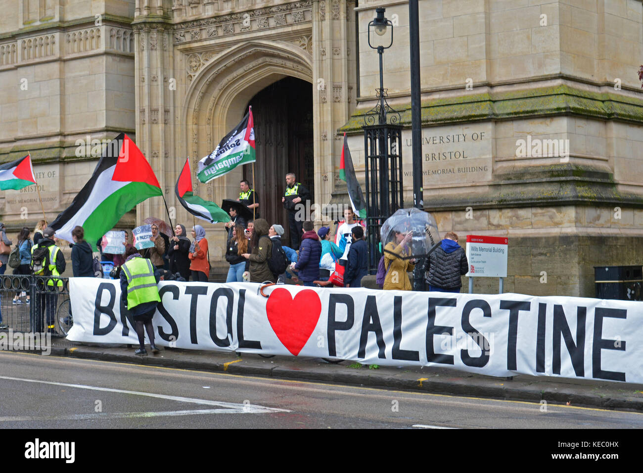 Bristol, UK. 19th Oct, 2017. P.S.C. is campaigning to end Israel's racism and apartheid, and a Free Palestine. - Stock Image