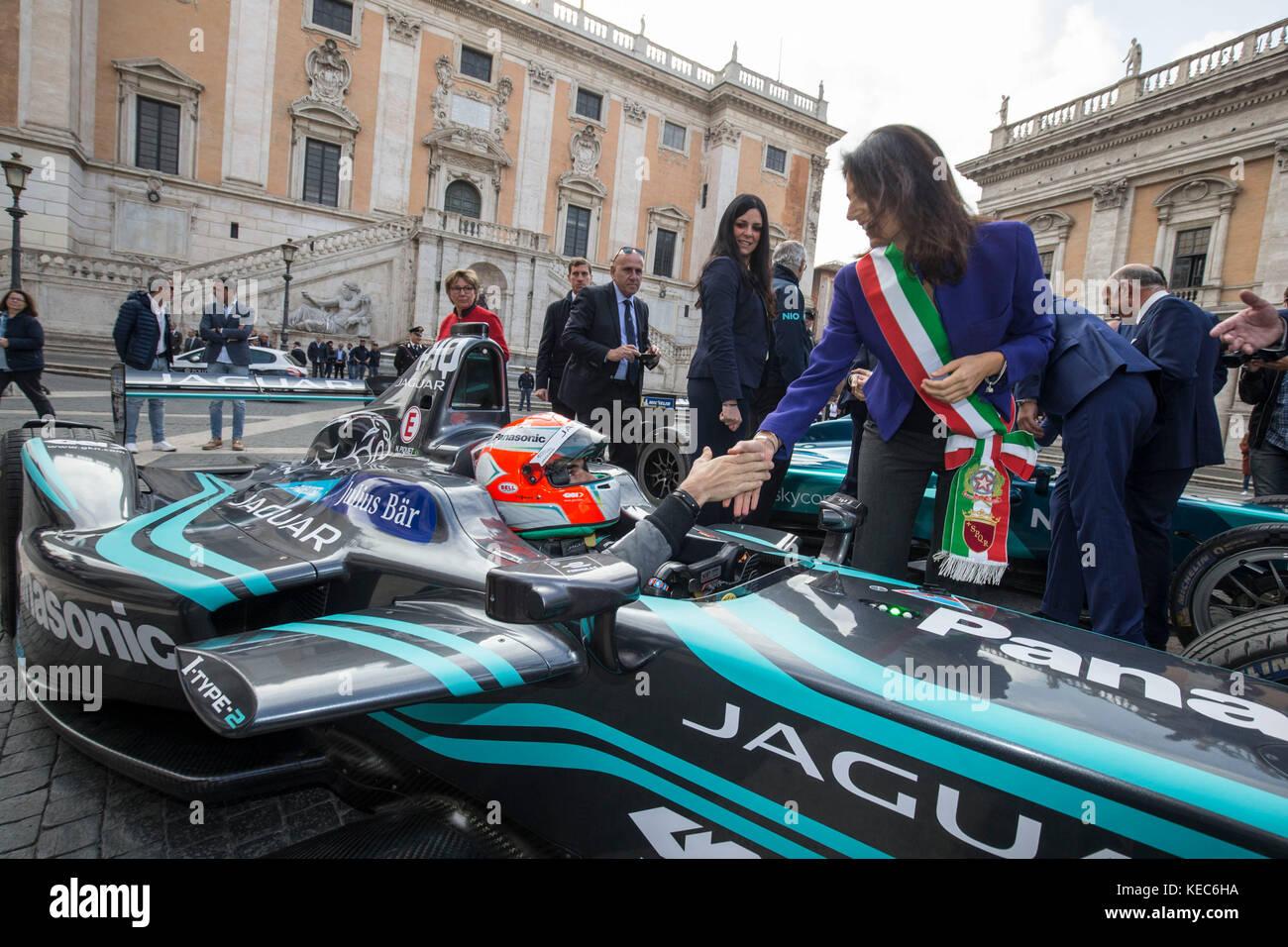 35f46046e5c Campidoglio Presentazione Formula E Gran Premio di Roma Capitale con la  Sindaca Raggi