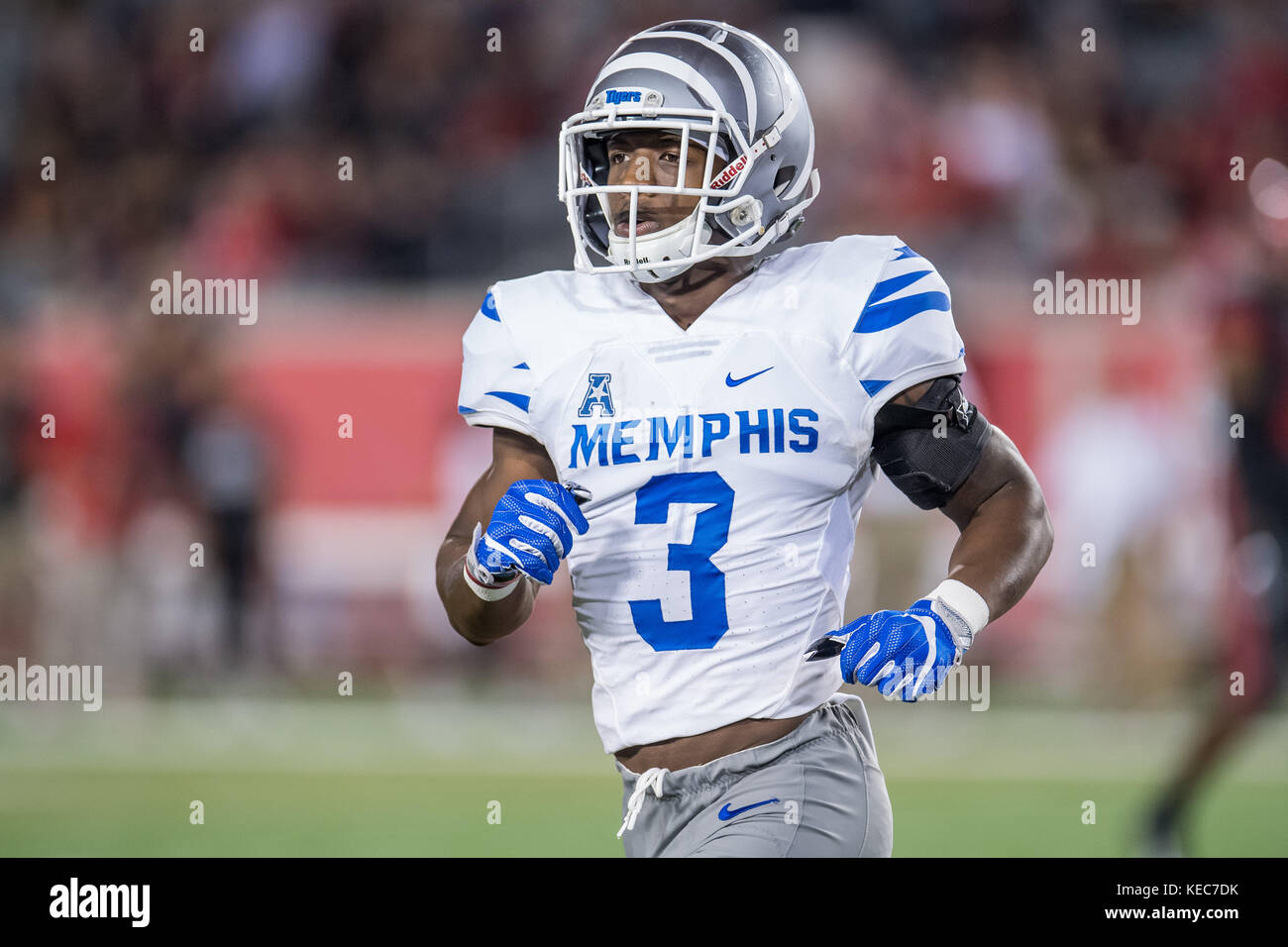 buy online 1fb82 663f5 Houston, TX, USA. 19th Oct, 2017. Memphis Tigers wide ...