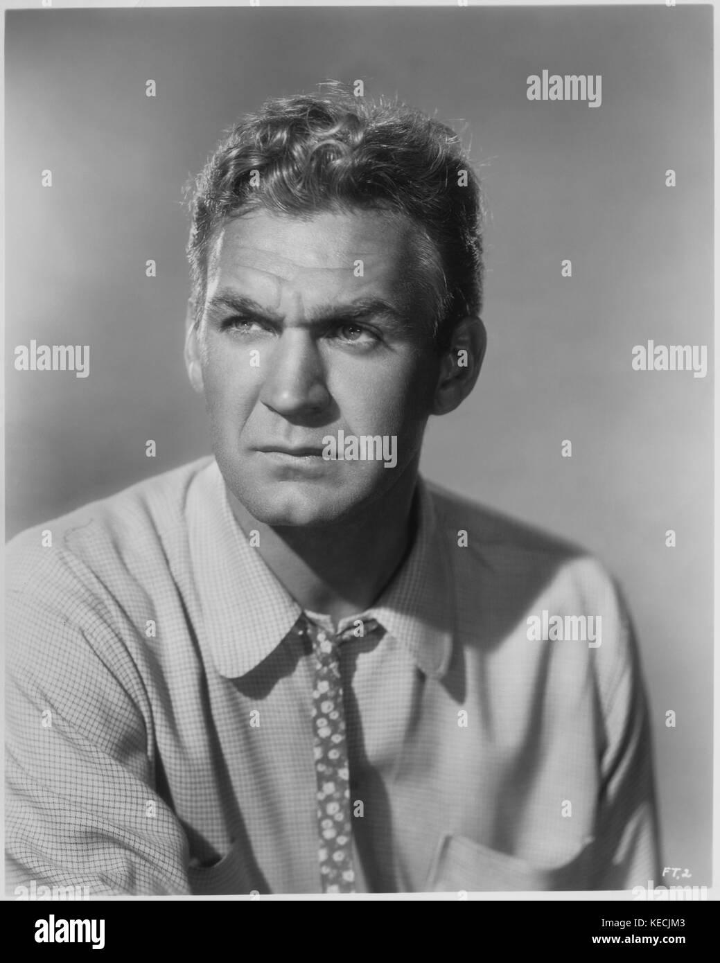 Actor Forrest Tucker, Publicity Portrait, Roman Freulich for Republic Pictures, 1950 - Stock Image