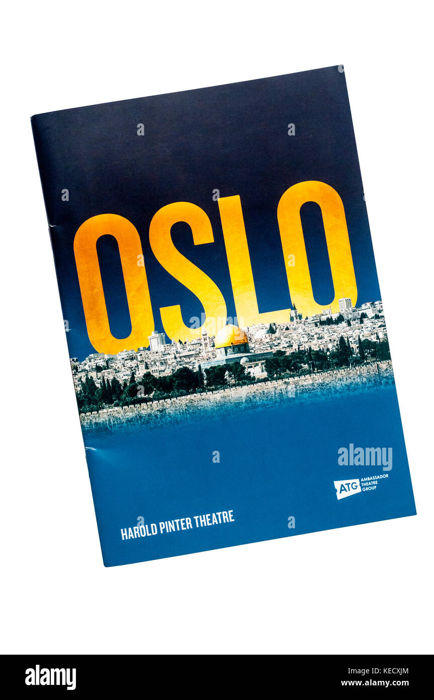 Programme for the 2017  Lincoln Centre Theater production of Oslo by J. T. Rogers at the Harold Pinter Theatre. - Stock Image