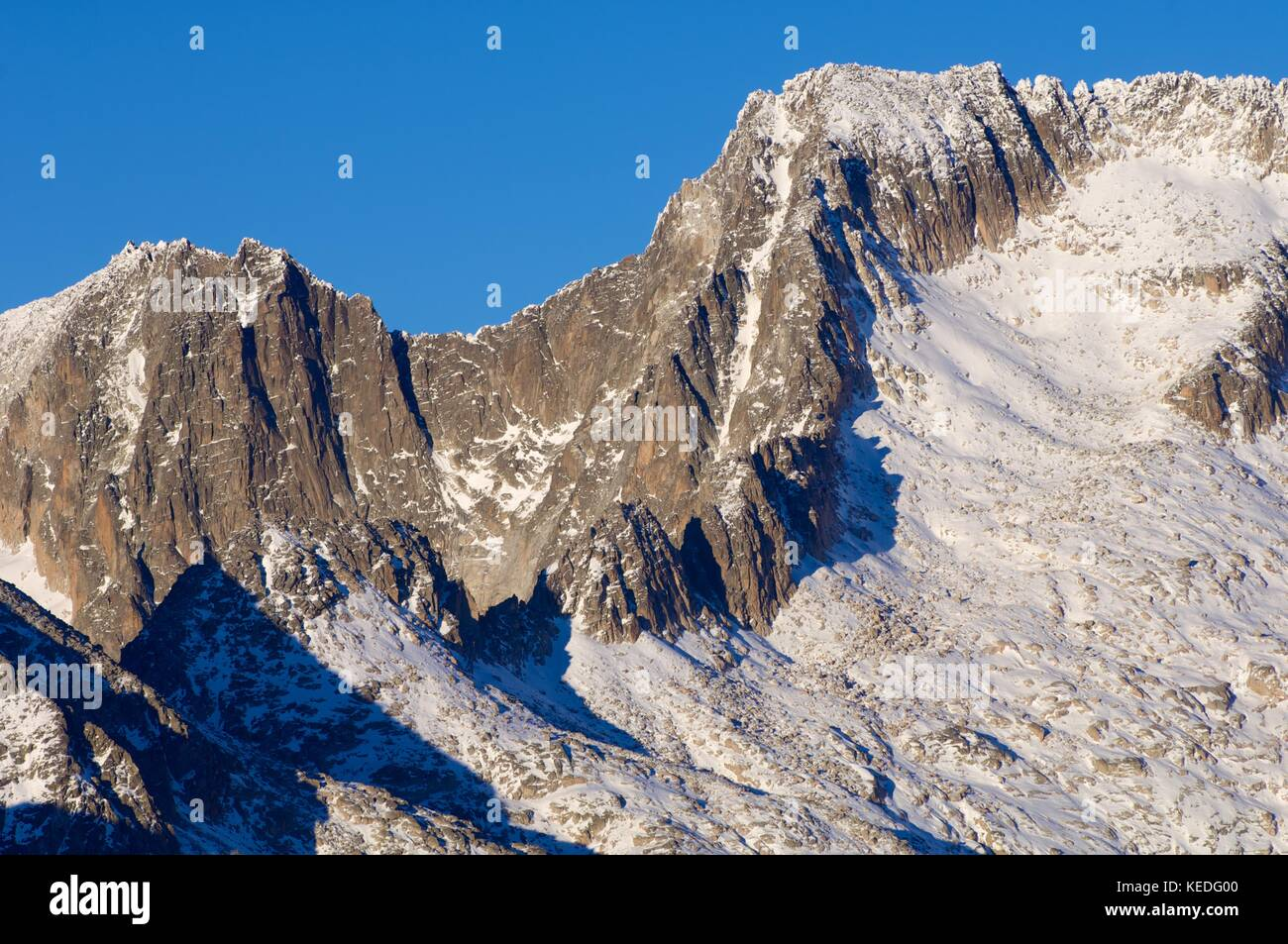 Maladeta Peak and Maldito Peak in the Maladeta Massif, Posets Maladeta Natural Park, Huesca, Aragon, Pyrenees, Spain Stock Photo