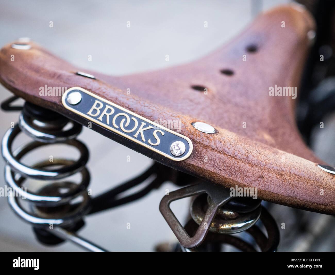 Brooks Leather Saddle - Traditional British Made Brooks Leather Bicycle / Bike Saddle Stock Photo