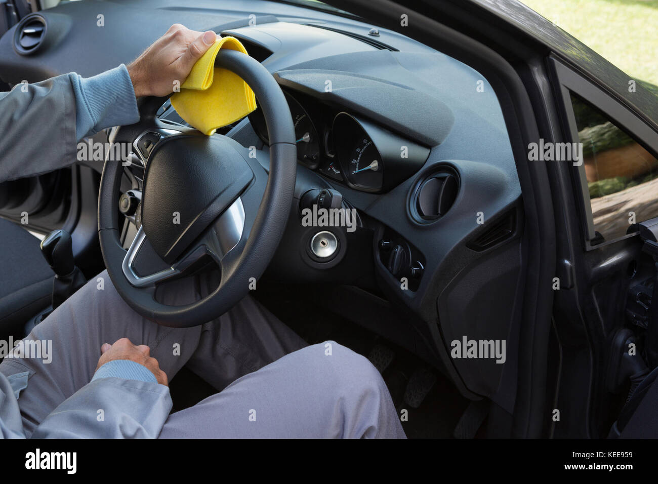 Cleaning car interior stock photos cleaning car interior - Vehicle interior cleaning service ...