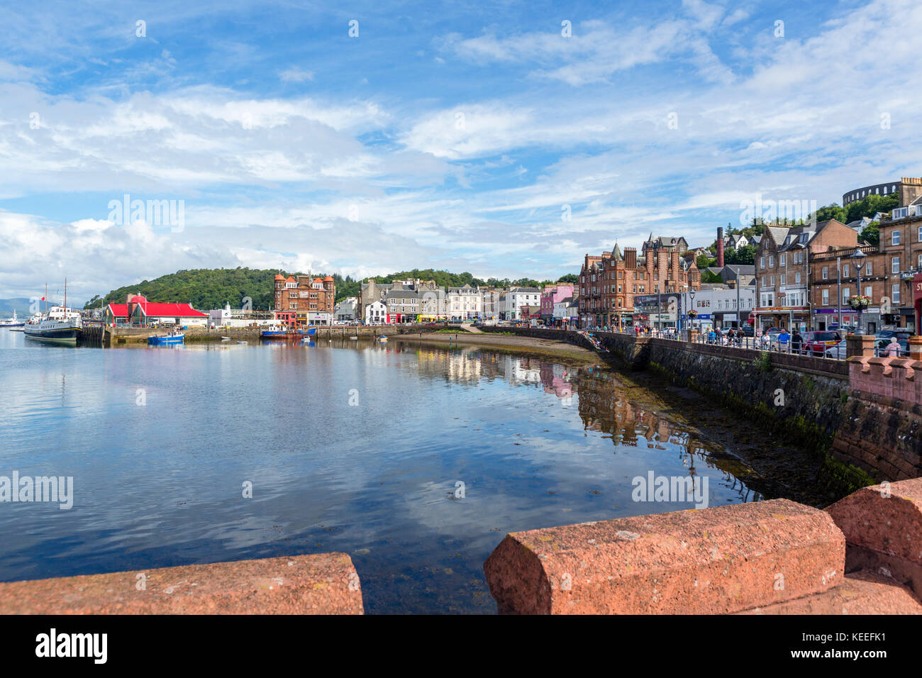 Seafront and harbour in Oban town centre, Argyll and Bute, Scotland, UK - Stock Image