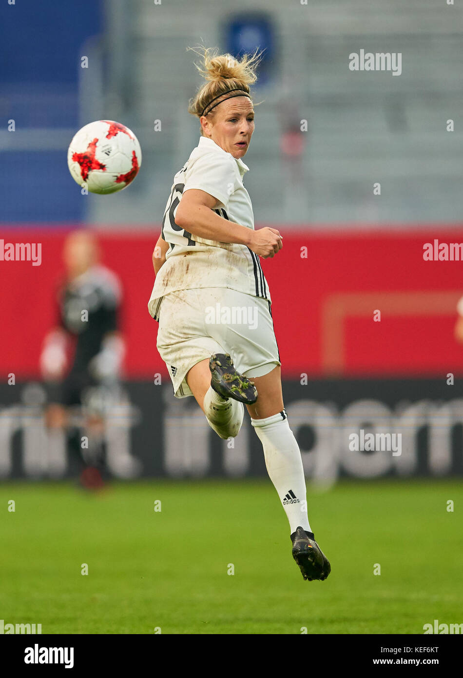 Wiesbaden, Germany. 20th Oct, 2017. Women World Cup 2019 Qualification, Wiesbaden, October 20, 2017 Svenja HUTH, - Stock Image
