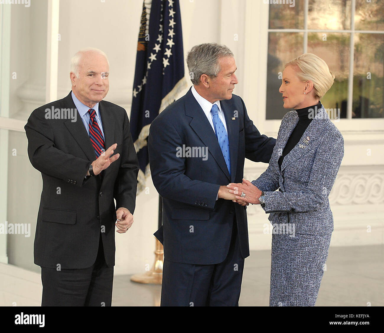 Jack Mccain: His Wife Cindy Mccain Stock Photos & His Wife Cindy Mccain