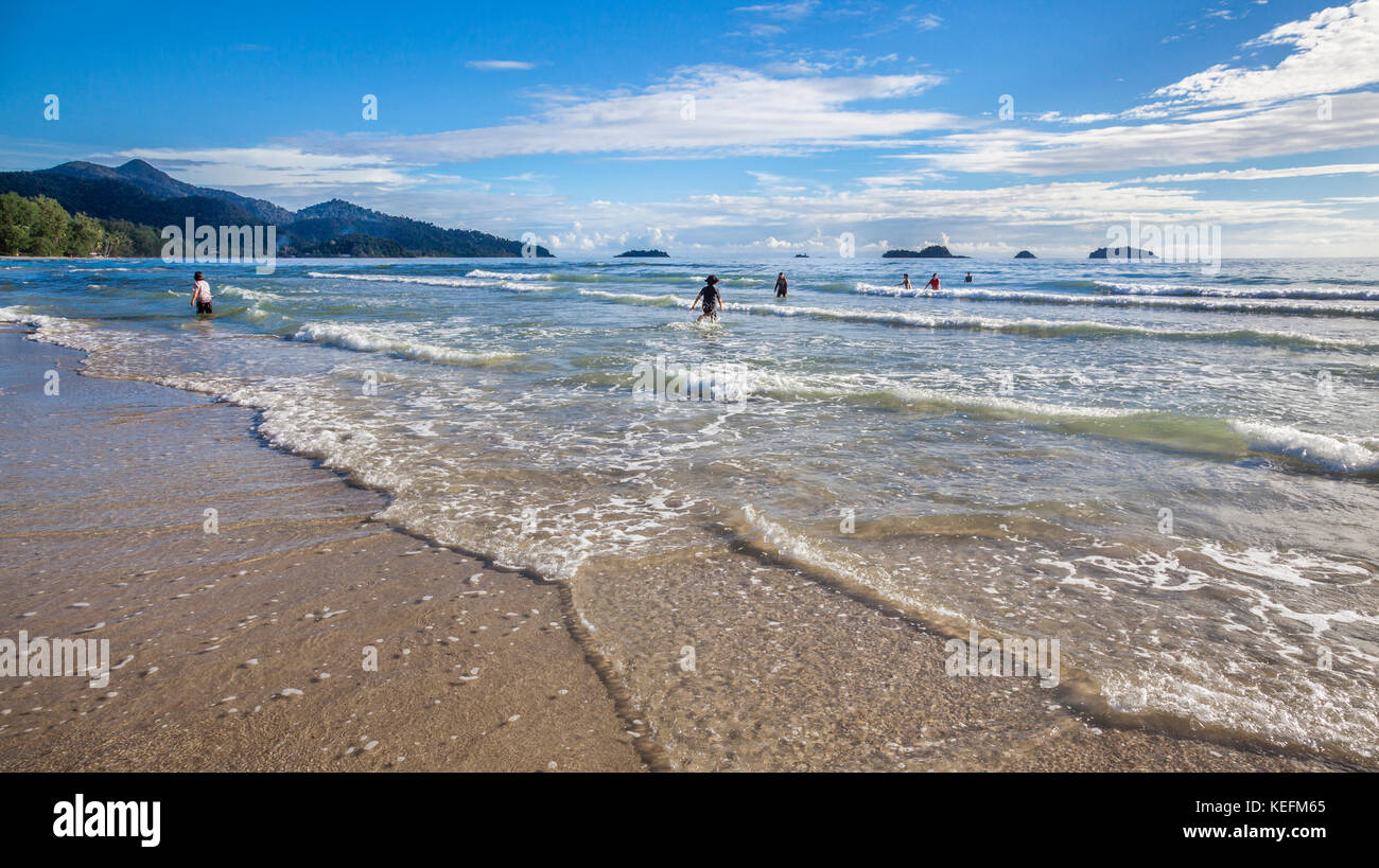 Thailand, Trat Province, Koh Chang Island in the Gulf of Thailand, West Coast, gentle surf at Ao Klong Phrao Beach - Stock Image