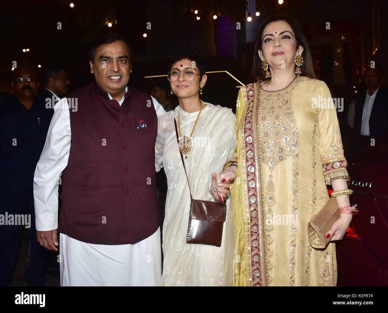 Mumbai, India. 20th Oct, 2017. Indian business Mukesh Ambani Kiran Rao and Nita Ambani attend the Aamir Khan's - Stock Image