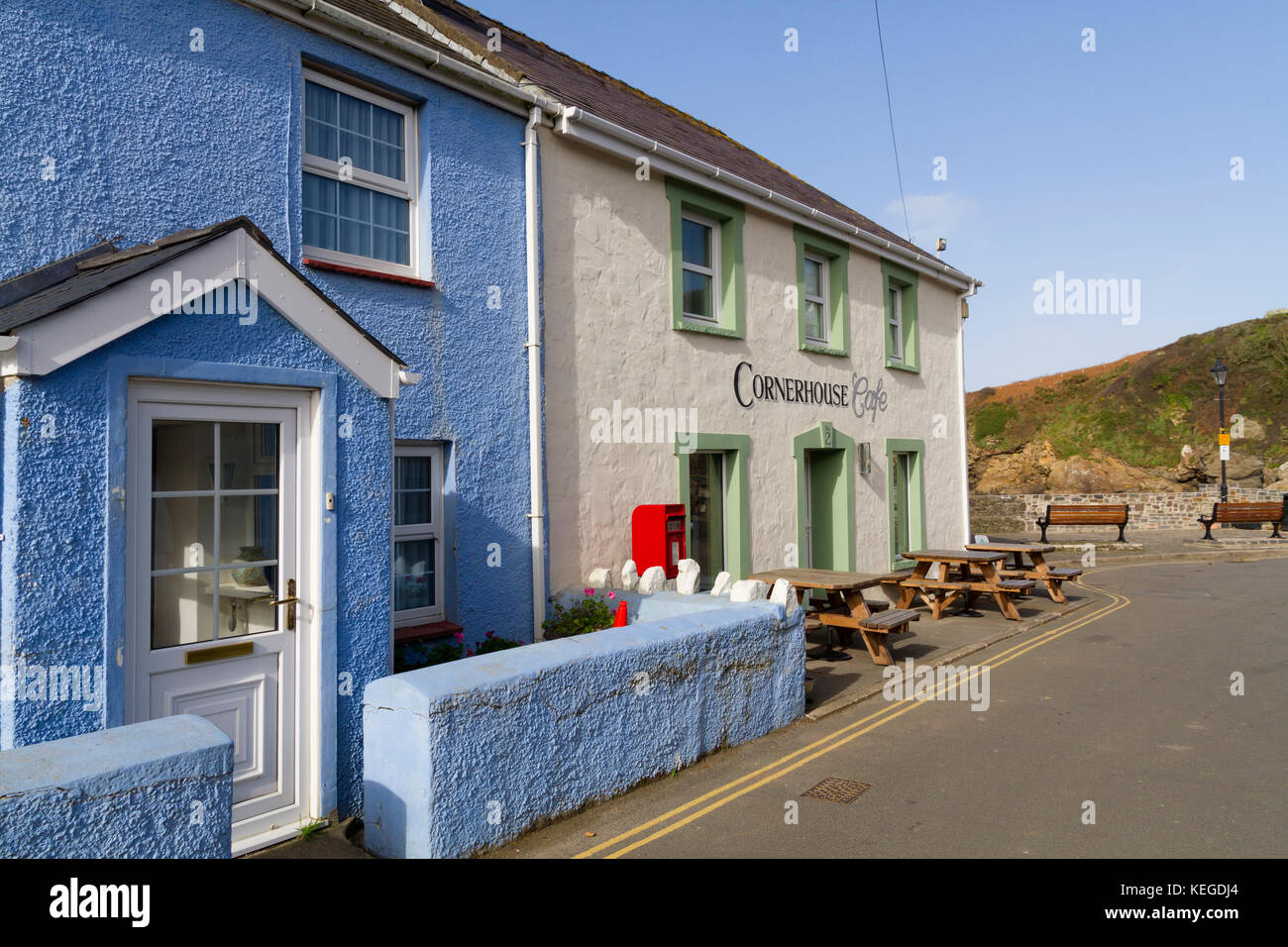 The Cornerhouse cafe in the small coastal village of Little Haven, Pembroke Wales - Stock Image