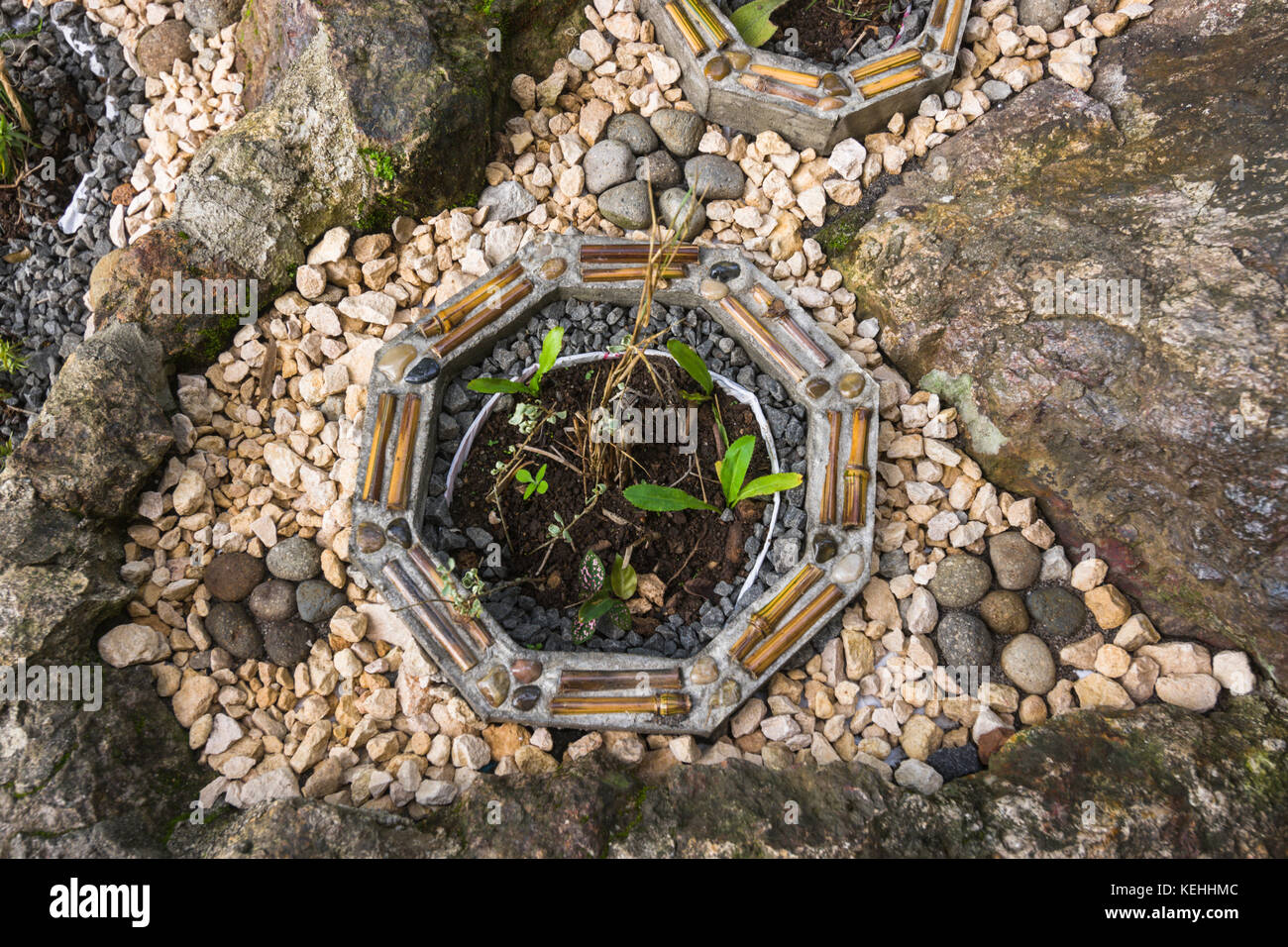 Garden Ideas Landscaping Creative Small Stone Garden Stock