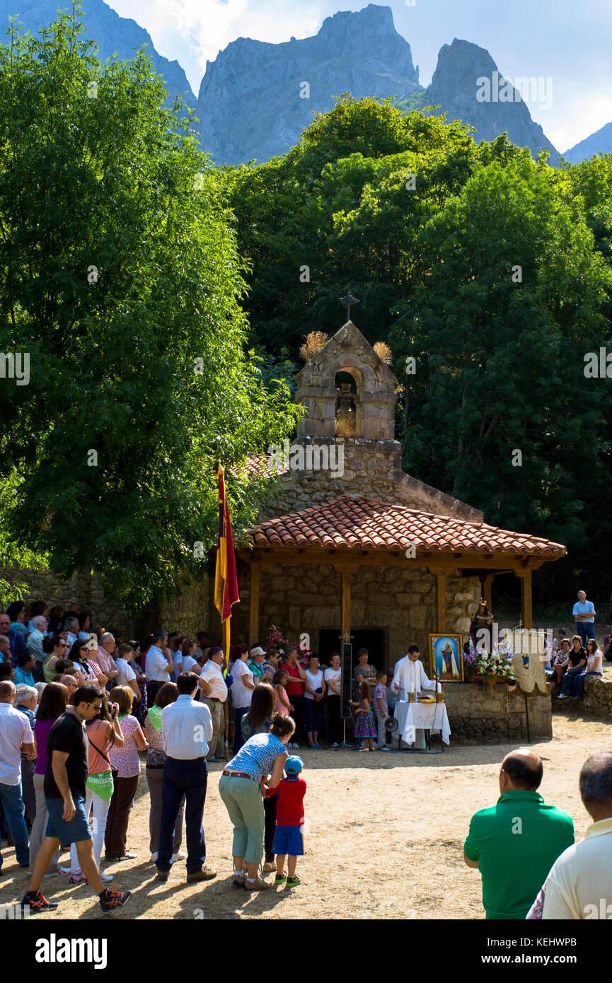 Festival of Our Lady of the Virgin of Corona, at Ermita de Corona, Valle de Valdeon, Picos de Europa, Spain - Stock Image
