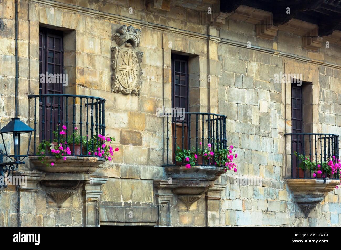 Medieval buildings in Santillana del Mar, Cantabria, Northern Spain - Stock Image