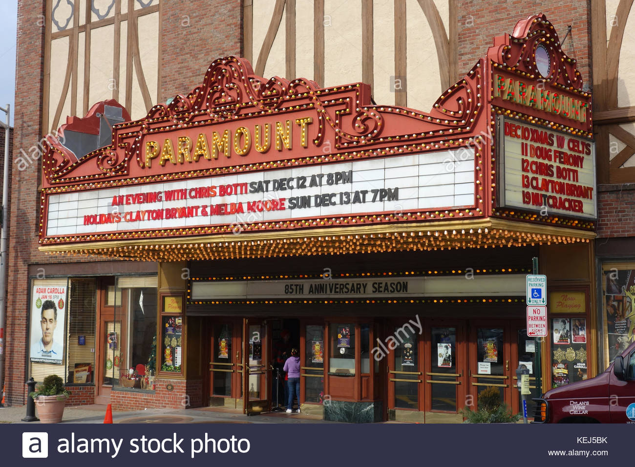 Paramount Hudson Valley Theater Entrance and Marquee - Stock Image