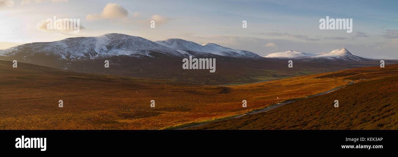 Road to Braemore in Caithness, North Scotland - Stock Image