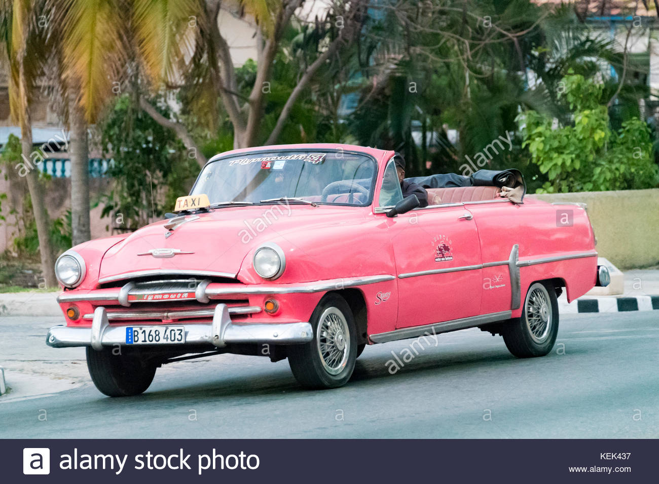 Pink Convertible Taxi Stock Photos & Pink Convertible Taxi Stock ...