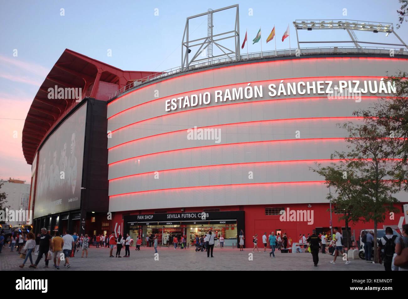 Exterior Of The Ramon Sanchez Pizjuan Stadium Sevilla Fc Vs Las Palmas Seville Andalucia Spain September 2017 Stock Photo Alamy