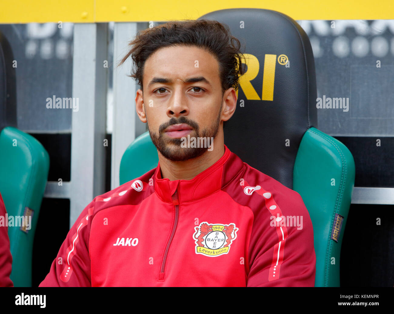 sports,football,Bundesliga,2017/2018,Borussia Moenchengladbach vs Bayer 04 Leverkusen 1:5,Stadium Borussia Park,substitutes - Stock Image