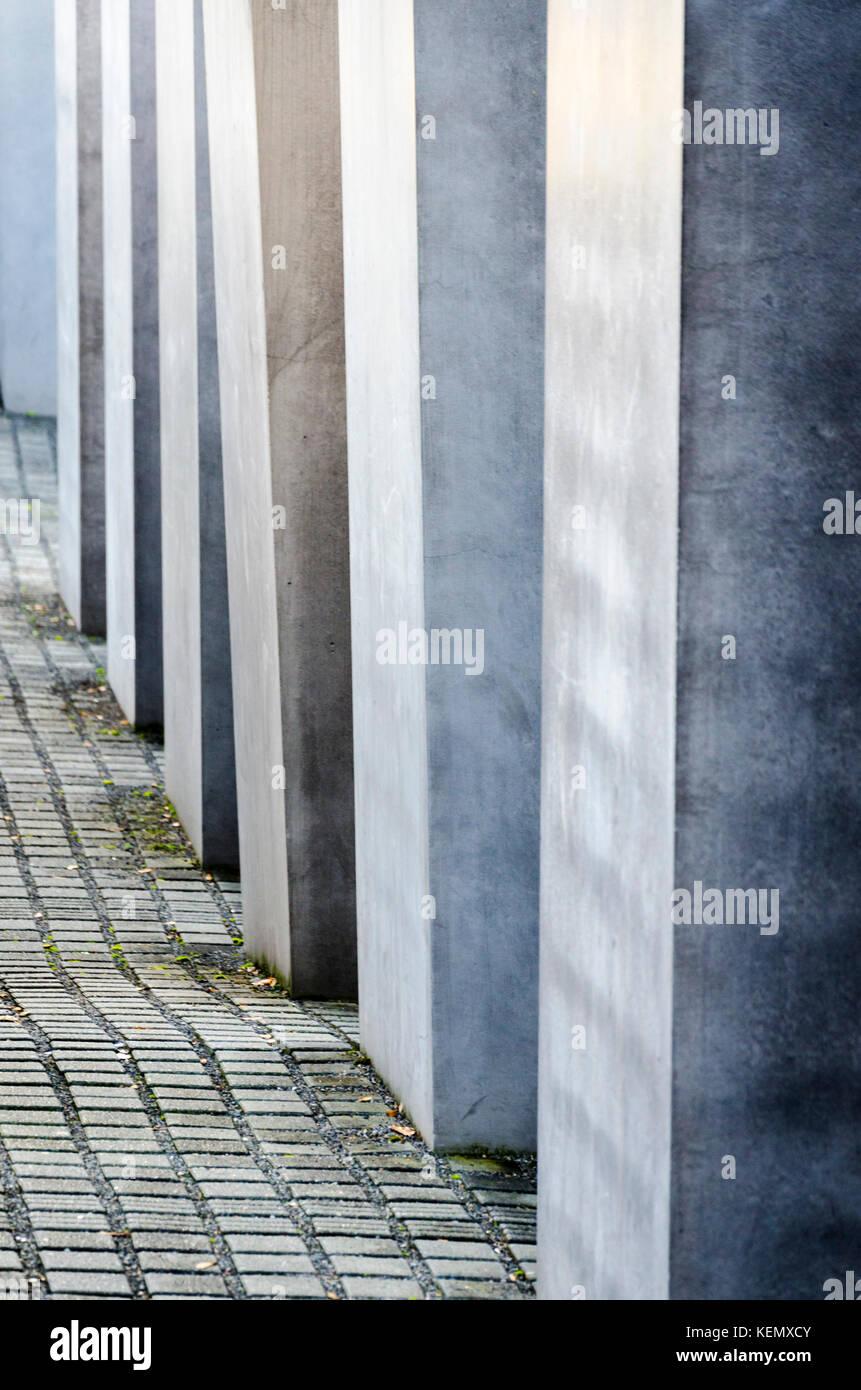 Memorial to the Murdered Jews of Europe Denkmal für die ermordeten Juden Europas. Berlin, Germany - Stock Image