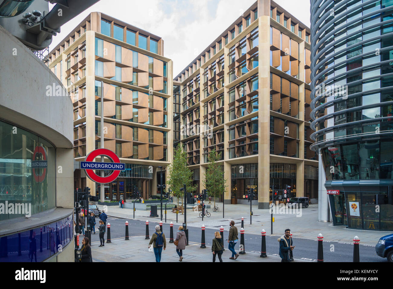 Bloomberg European headquarters, in the City of London, as seen from Cannon Street railway station - Stock Image