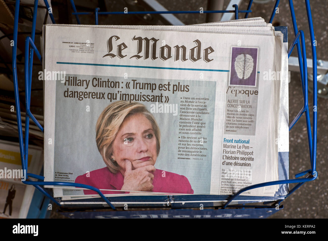 Hillary Clinton on the cover of the French daily newspaper, Le Monde. - Stock Image