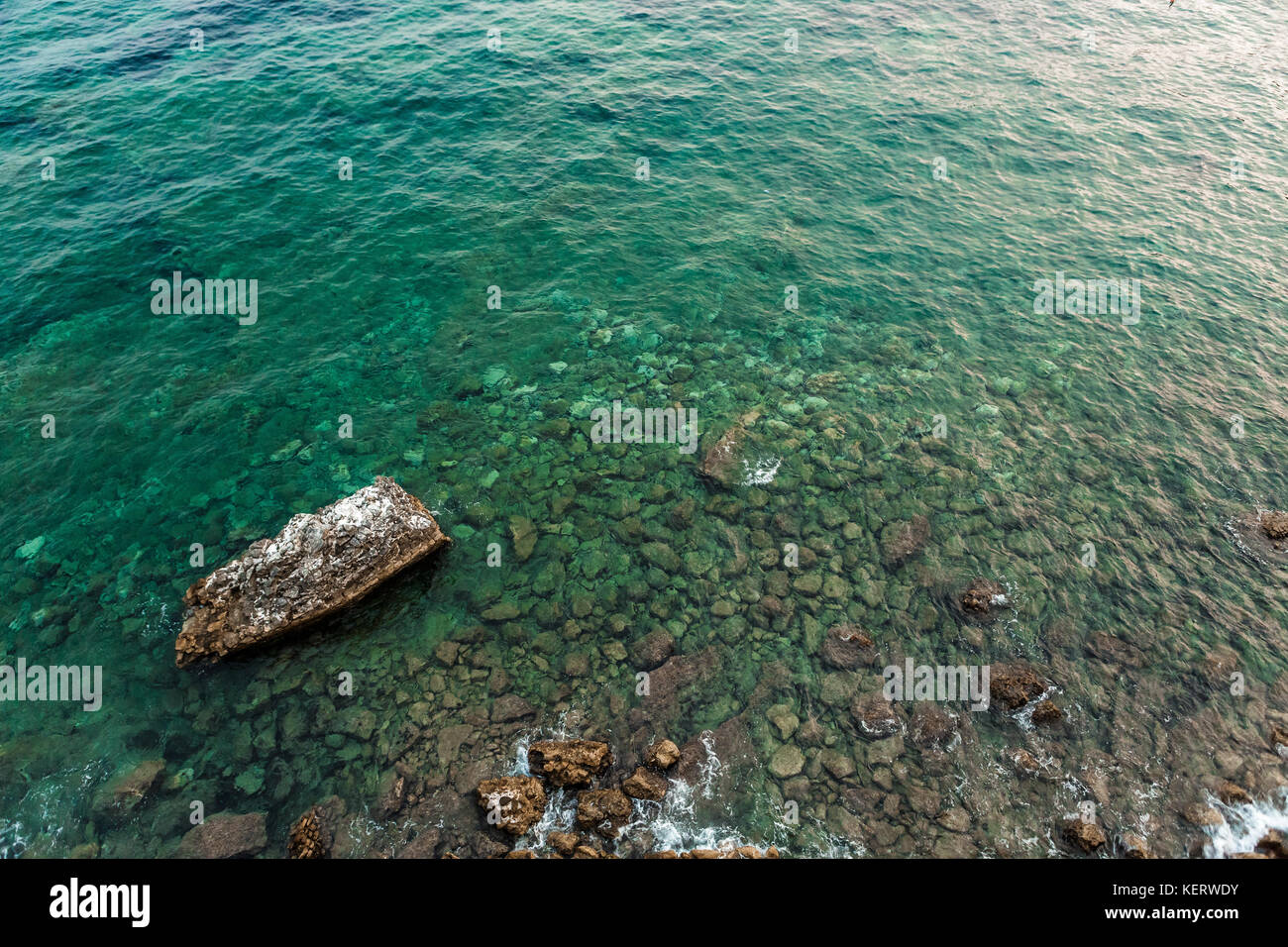 Aerial view of the stones on the bottom of the Adriatic Sea - Stock Image