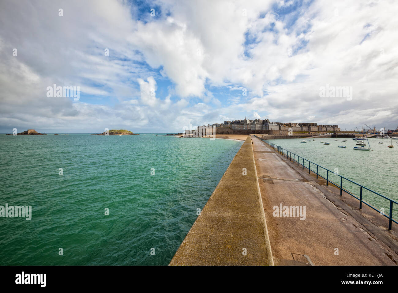 Intra Muros, the walled City of Saint-Malo, Brittany, France - Stock Image