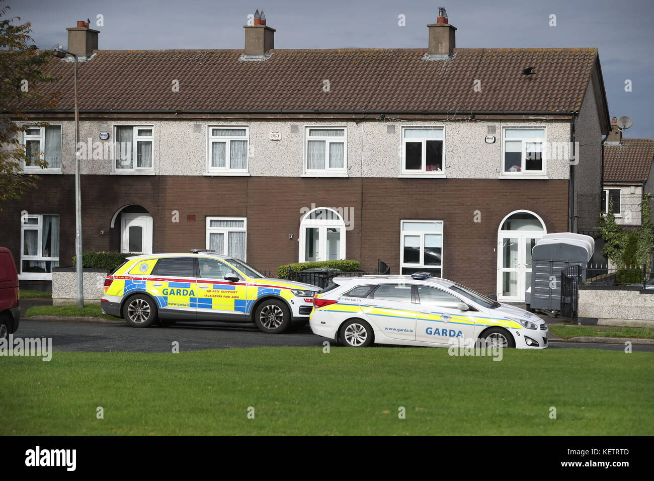 Why are so many garda showing up to make the Jobstown